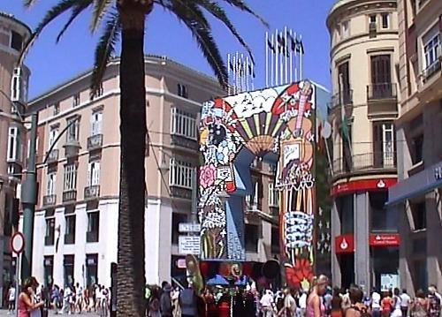 Puerta de entrada en calle Larios durante la Feria de Málaga